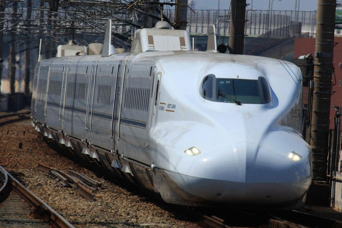 """Kyushu Shinkansen: """"Cuando pasa el tren"""""""