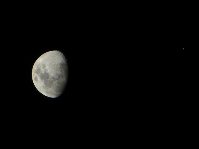 La Luna y Júpiter