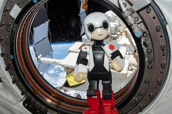 """Un robot """"parlanchín"""" en la Estación Espacial"""