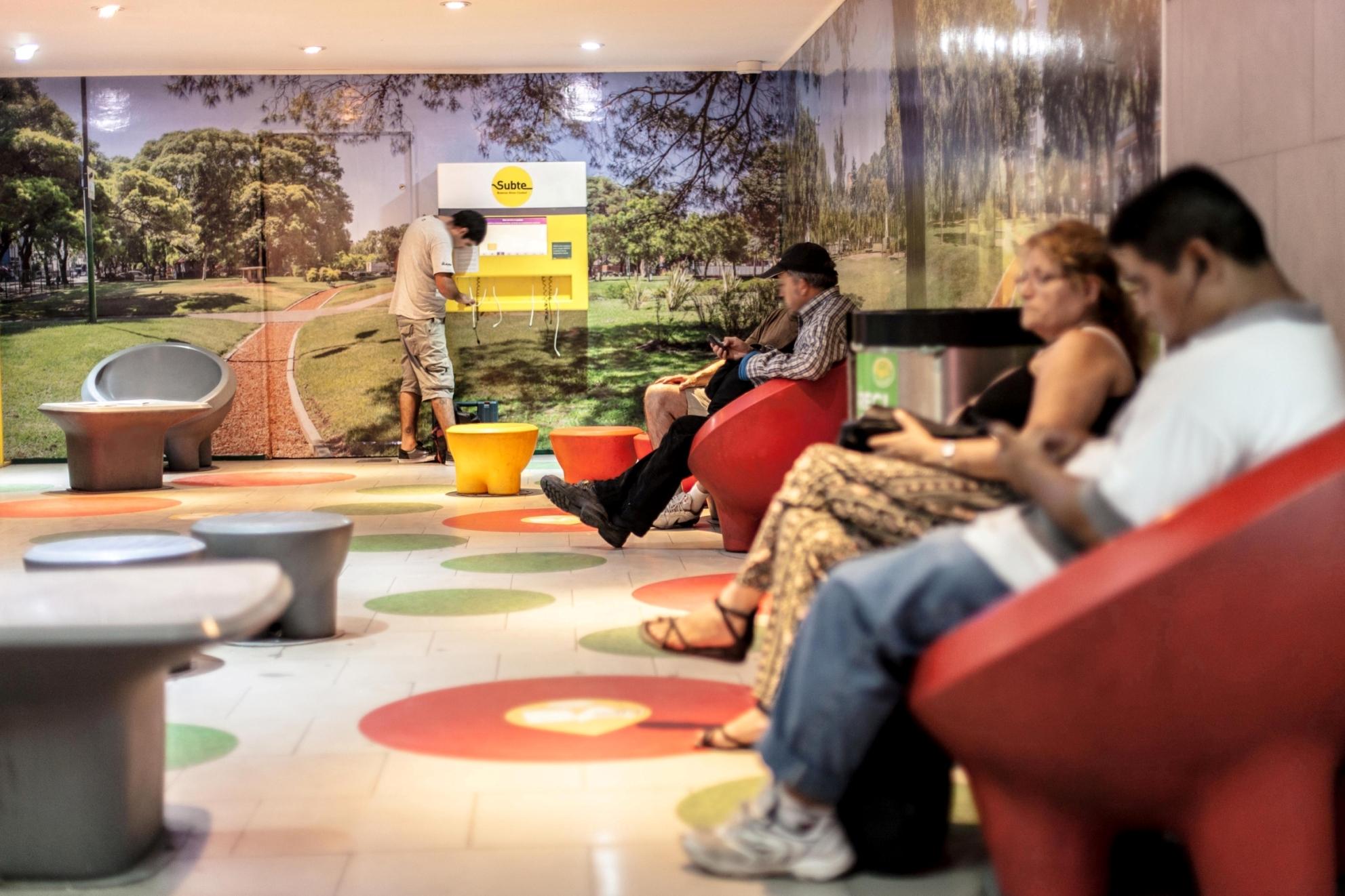 Ya hay Wi-Fi gratis en 5 líneas del subte de Buenos Aires