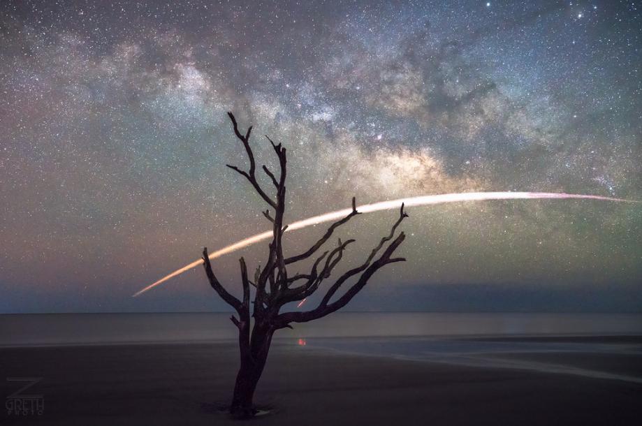 De casualidad, un fotógrafo profesional capturó el aterrizaje del cohete Falcon 9